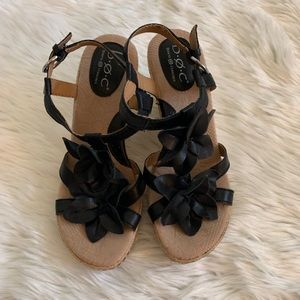 BOC Black Wedges with Flower Details Sz 7